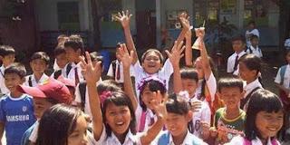 Pelajar Indonesia Paling Bahagia di Dunia