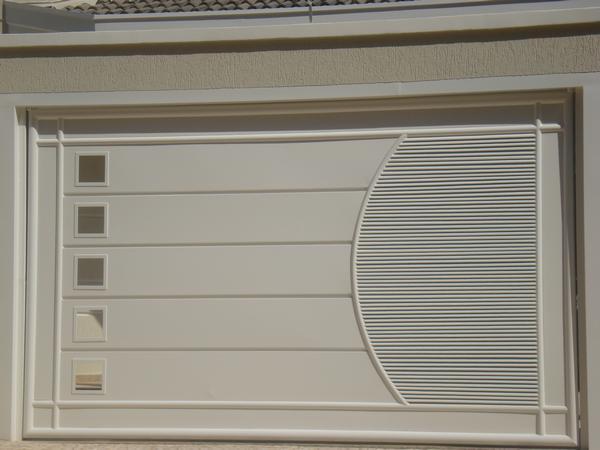 Portão de metalon 20X20 com CHAPA