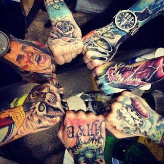 Tatuagens-014-mãos-tatuadas-