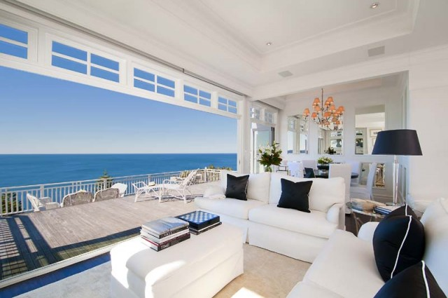 Beach decor the ultimate house by the sea desire empire for Australian beach house designs