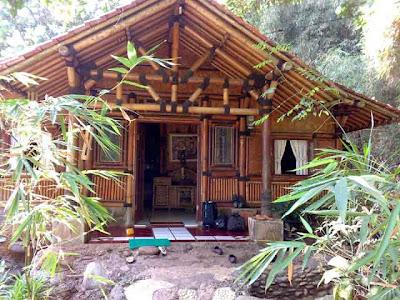 Desain Rumah Bambu Antik 01