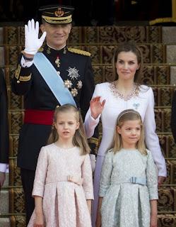 Felipe VI et sa famille, Letizia, sofia et leonor, couronnement