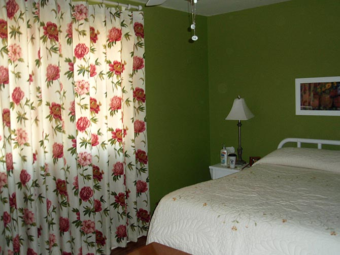 What Color Curtains Go With Green Walls - Rooms