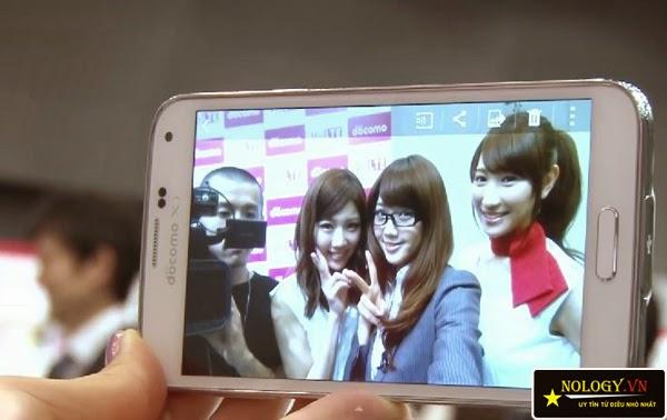 dien thoai Samsung Galaxy S5 Docomo