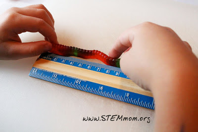 Measuring gummy worms in metric: STEMmom.org
