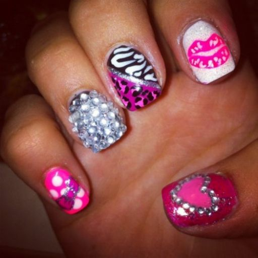Entertainment News: Beautiful Girl Nails Art Designs 2013 New Fashion
