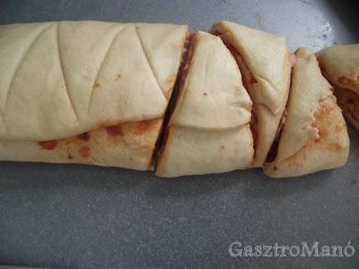 pizzás tekercs