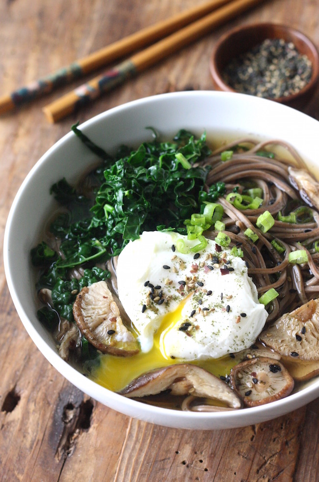 Soba Noodle Soup with Shiitake Mushrooms recipe by SeasonWithSpice.com