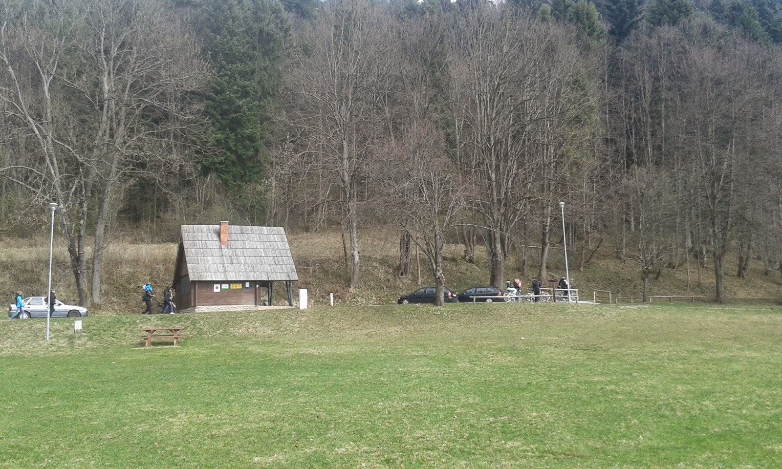 pole namiotowe w Czerwonym Klasztorze
