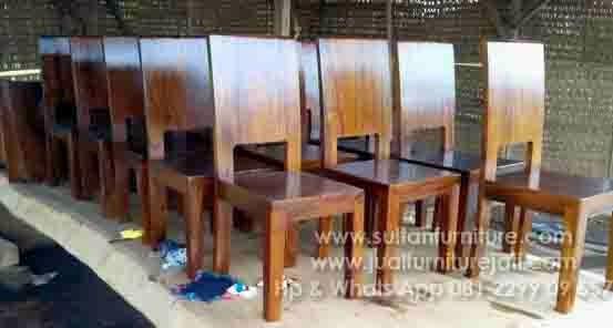 Furniture trembesi kursi makan gaharu mebel antik jepara