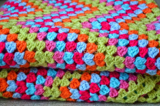 Entre lanas y tramas crochet la manta hueco zig zag - Mantas ganchillo colores ...