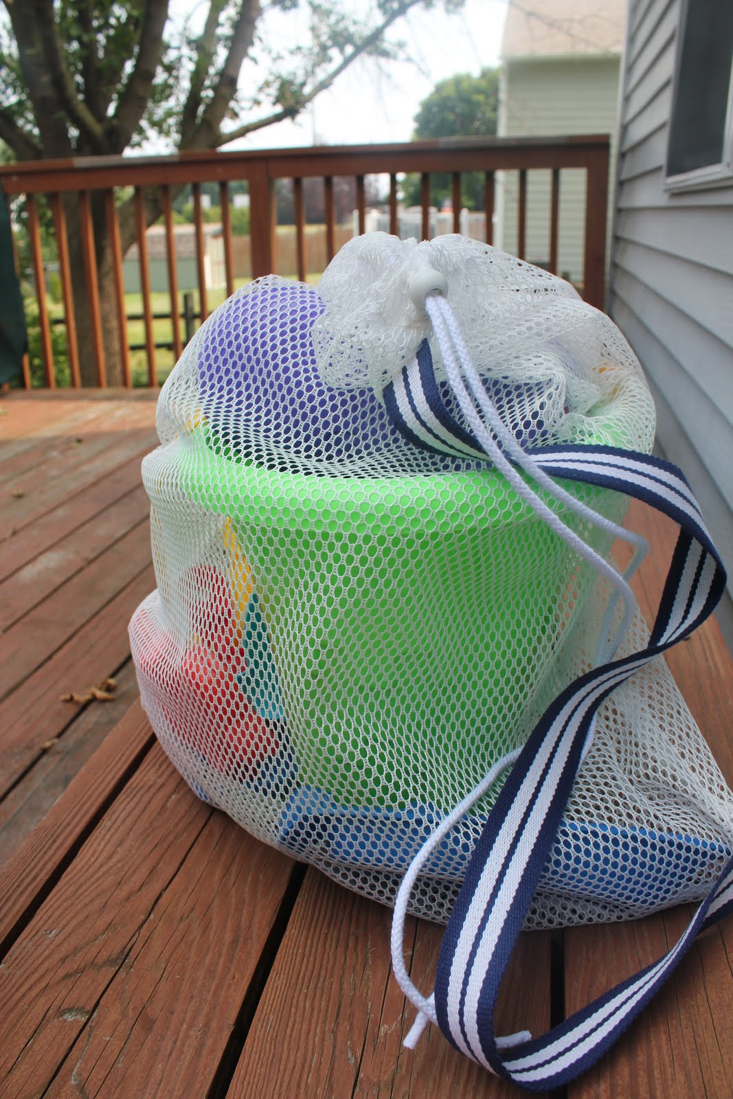 Mesh Beach Toy Bag Tutorial