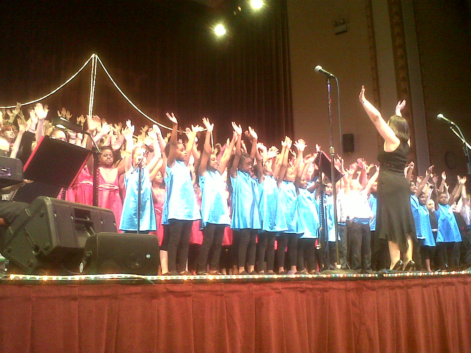 Headteacher\'s blog: Now that\'s what I call Christmas - concert