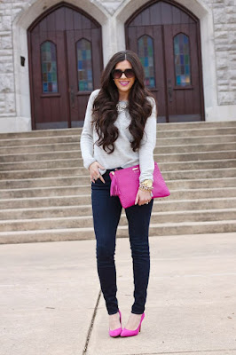 The Sweetest thing in a gray sweater, skinny jeans, pink pumps and clutch