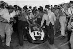 7 de Febrero, 1960 / BRUCE MC LAREN GANABA EL GP DE F1 DE ARGENTINA