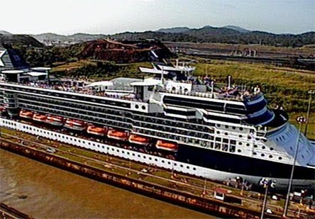 Current position Celebrity Infinity Ship's position