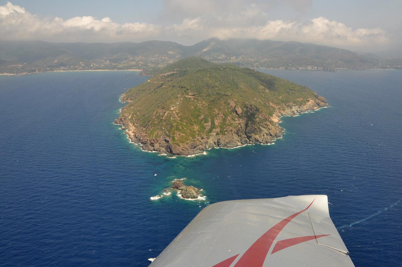 Aeroporto Elba : Io volo da boscomantico all isola d elba con l i a