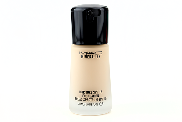foundation at macy s on the m a c cosmetics section winner 2 m a c ...