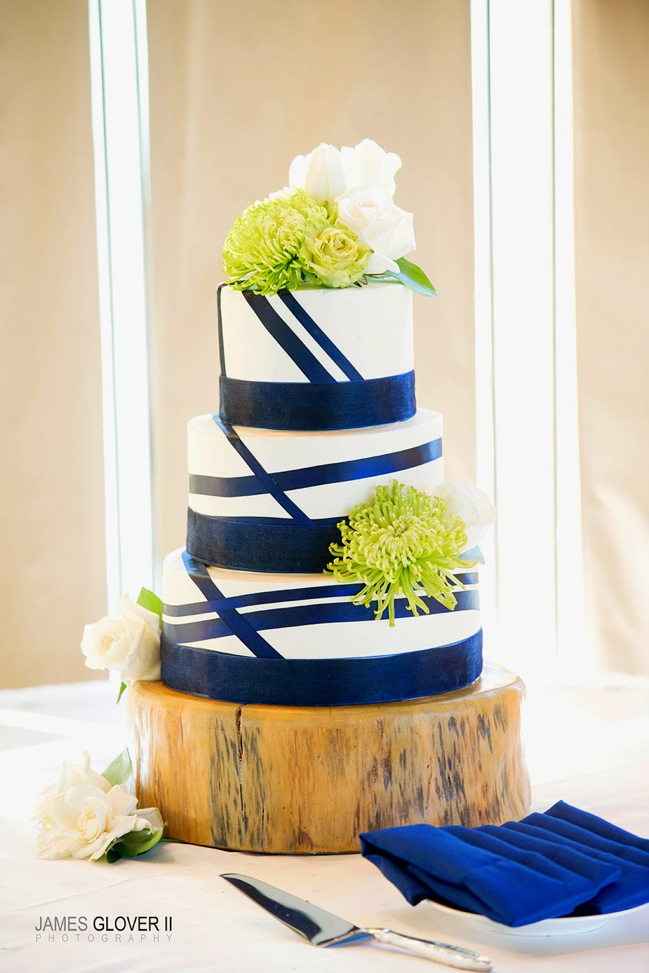 Navy, White, and Green Modern Wedding Cake by Tahoe Cakes by Grace | James Glover Photography | Take the Cake Events