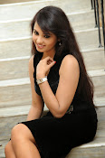 Actress Aarushi Glamorous Photos in Black-thumbnail-5