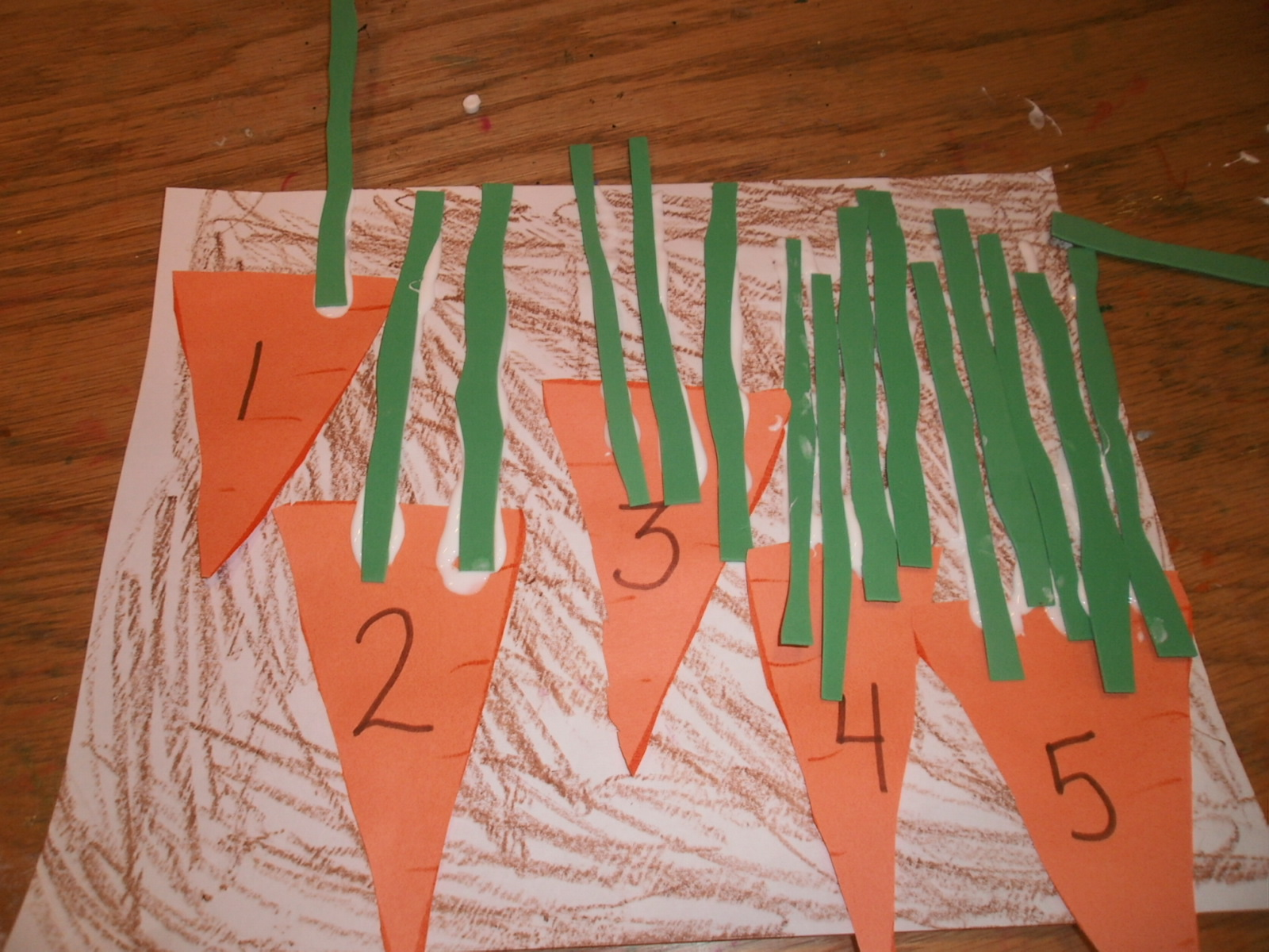 Spring math activity for kids carrot math craft for Garden crafts for preschoolers