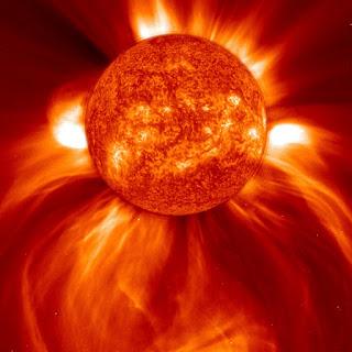 El Sol en una imagen en la que se aprecia la corona solar.