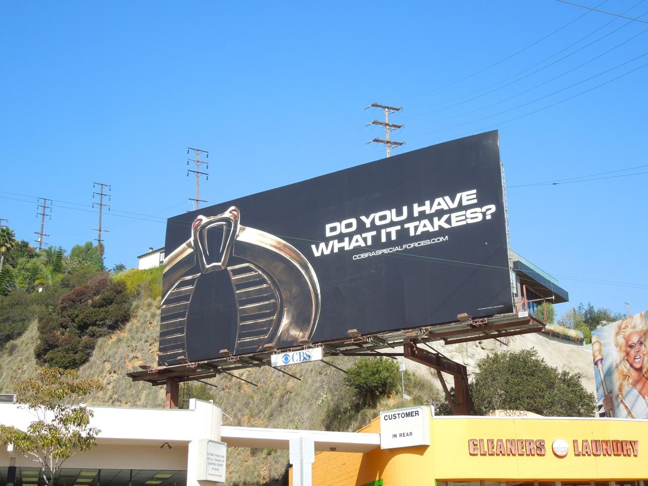 http://1.bp.blogspot.com/-zVGKUgCLuSI/URWEOx4QNQI/AAAAAAABAmg/Dza2o4l5l4U/s1600/GI+Joe+Retaliation+teaser+billboard.jpg