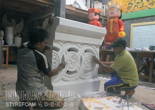Pembuatan patung Replika Pagar Bentuk Ornamen