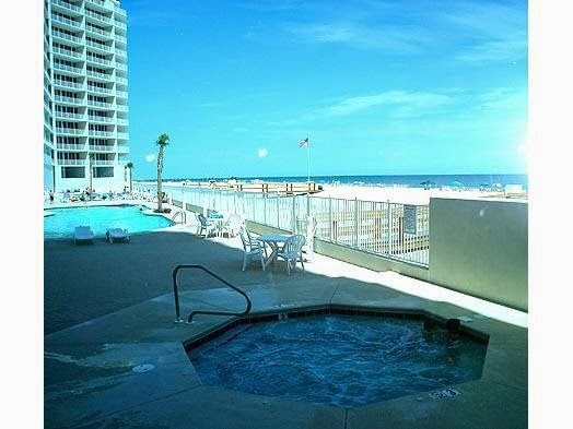 Lighthouse Condo, Beach Vacation Rental Home