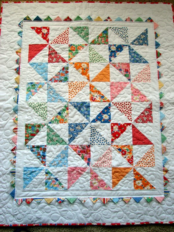 Quilt Pattern For Pinwheels : dream quilt create: Pinwheel Baby Quilt
