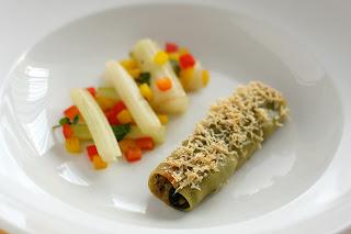 mángold padlizsán aubergine cannelloni töltött tészta pecorino kecskesajt sajt kaliforniai paprika zsálya mángold levél szár