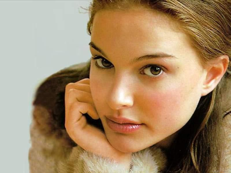 pictures of natalie portman and. natalie portman and keira