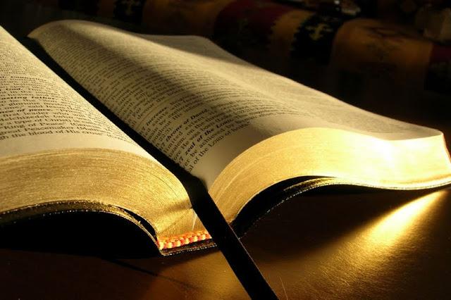 Biblia,