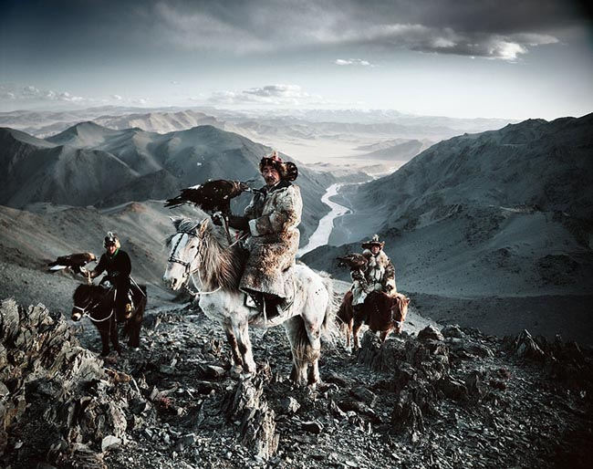 46 Must See Stunning Portraits Of The World's Remotest Tribes Before They Pass Away - Kazakh, Mongolia