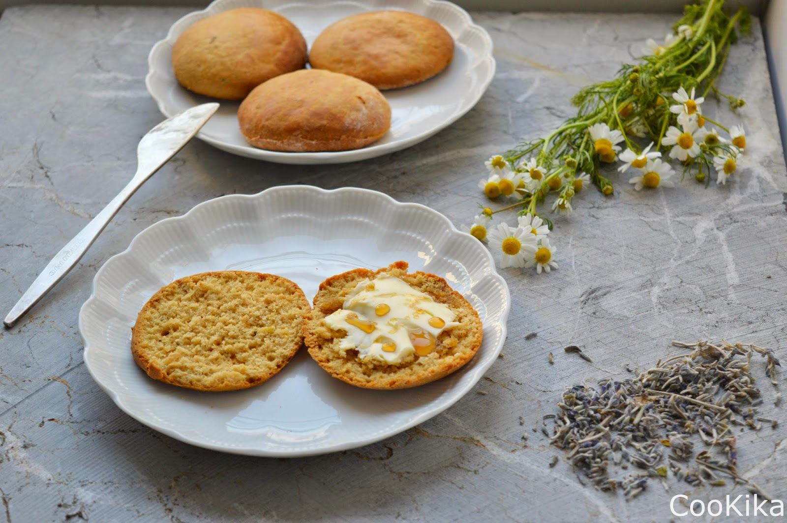 Scones with chamomile and lavender