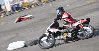Modifikasi motor Honda blade 110cc