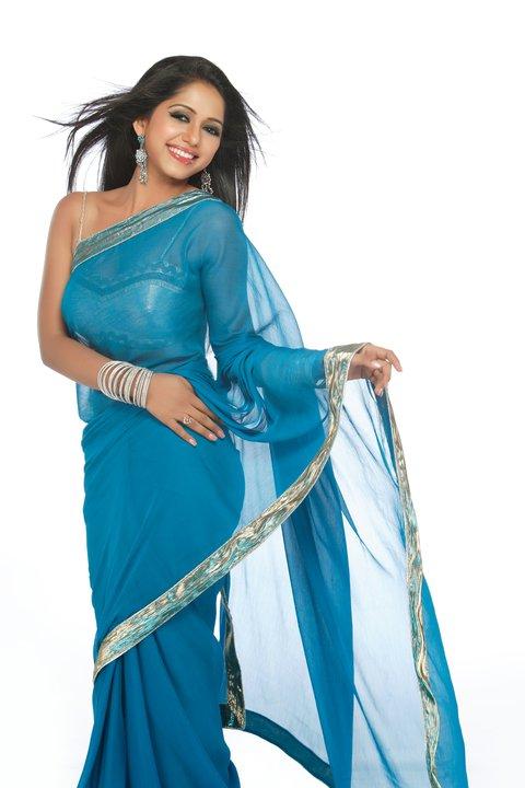 Yashashri Masurkar HD Wallpapers Free Download