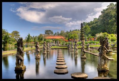 Tirta Gangga Water Palace, Taman Ujung