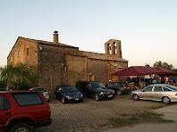 La sortida es fa davant l'església de Sant Sadurní de Fonollet