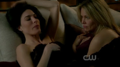Jaime Murray and Andrea Roth Lesbian Kiss, Ringer Lesbian Kiss Watch Online LesMedia