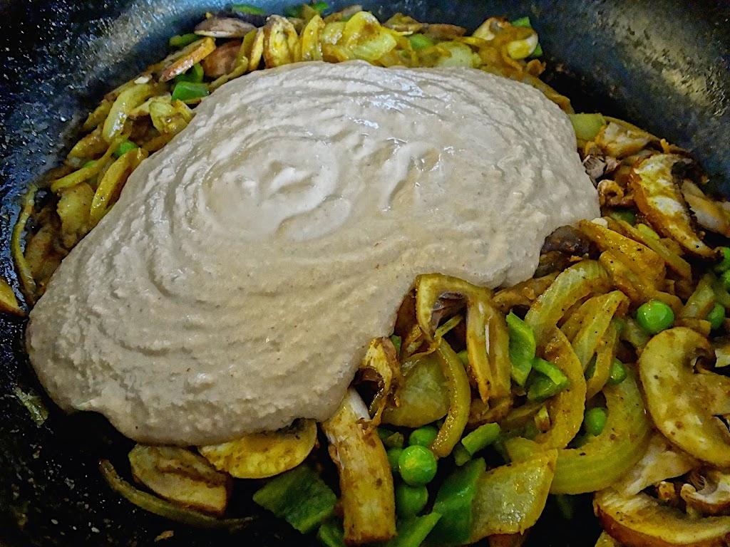 Walnut & Mushroom Curry