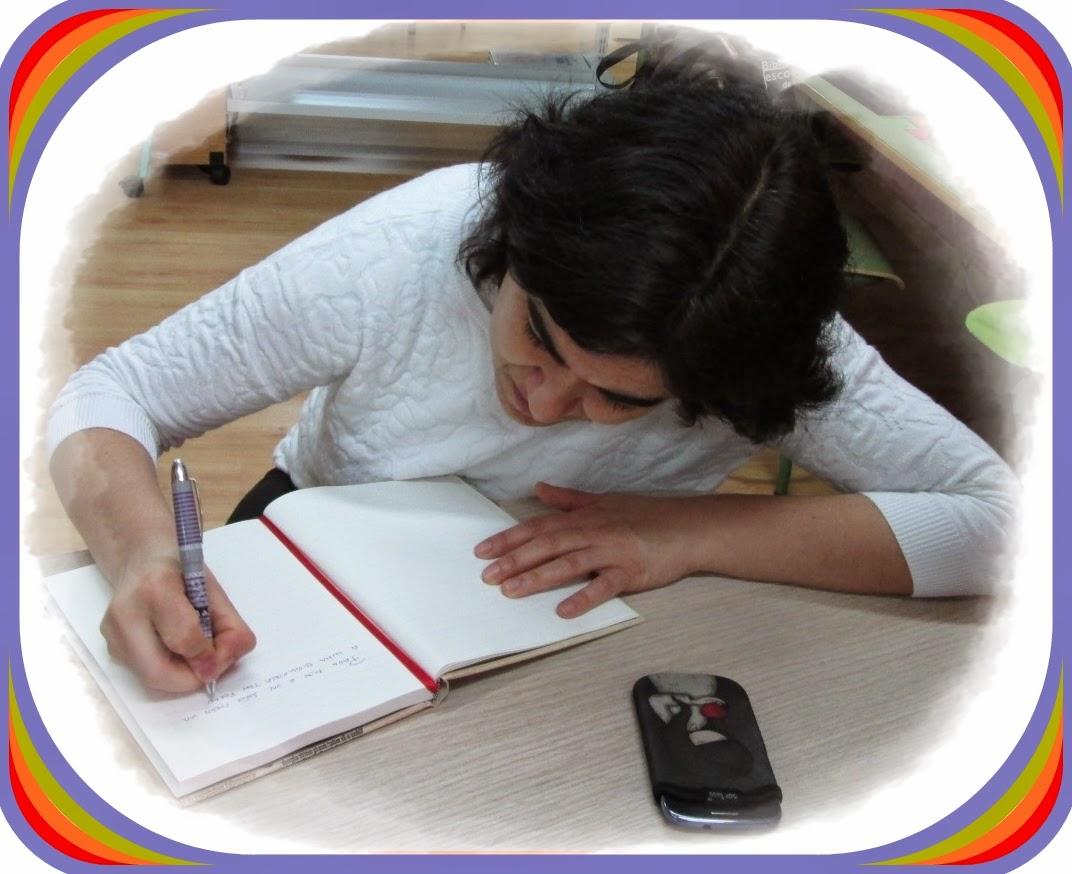 http://bibliotecadochouzo.blogspot.com.es/2014/05/visita-de-susana-lamela.html