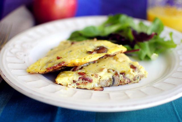 Bacon Mushroom Frittata l SimplyScratch.com