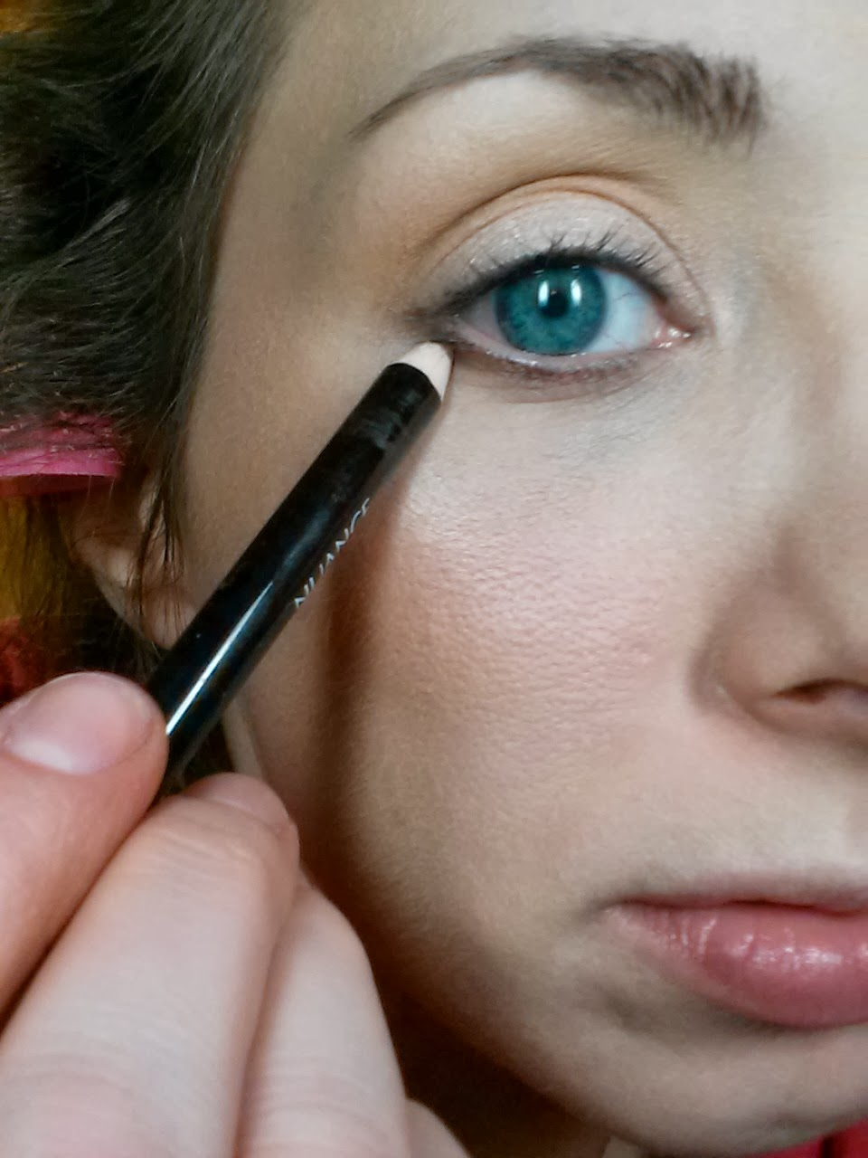 To Set It, I Applied A Shimmery Brown Eyeshadow By Wet N Wild (comfort Zone  Palette) Over Top Using A Pencil Brush