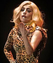 Alasan Lady Gaga Batalkan Konser di Indonesia