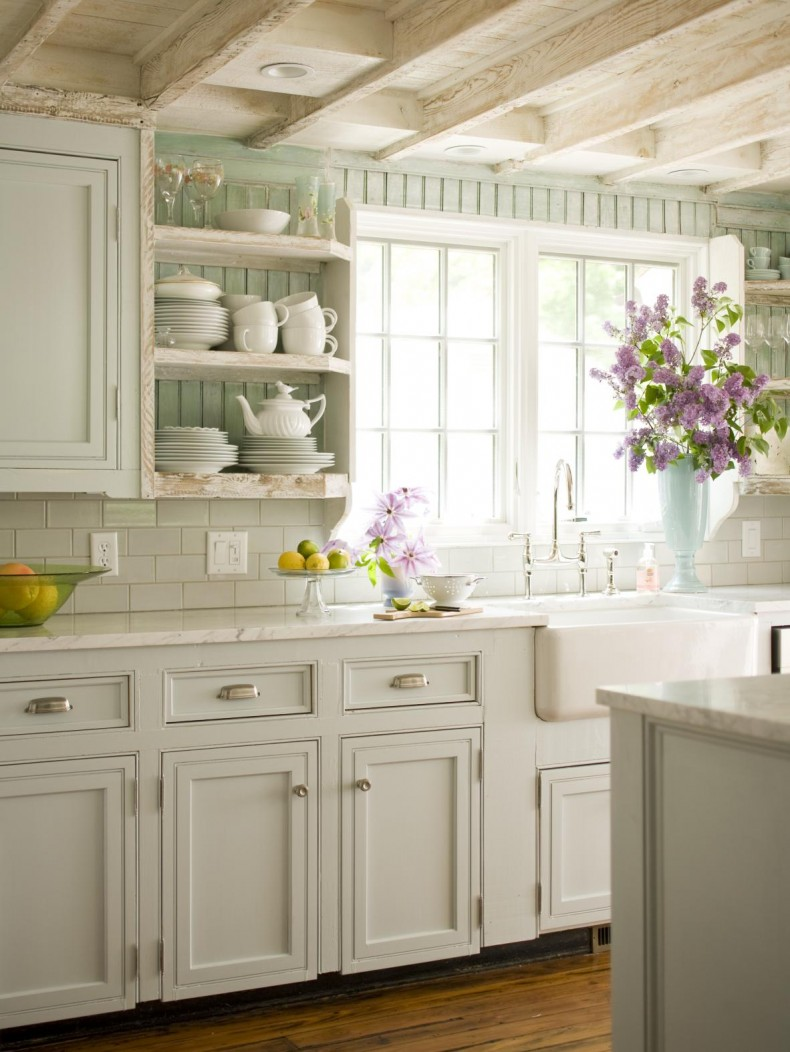 Cottage vintage shabby french country cottage for Country cottage kitchen design
