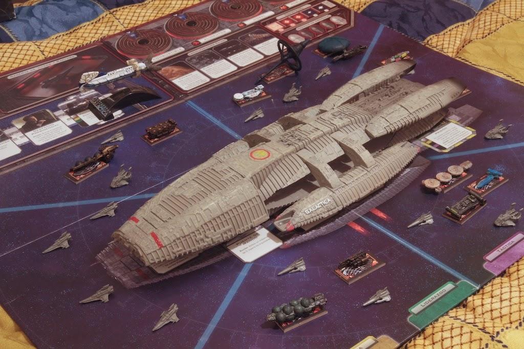 Galactica+BSG+fleet+1.jpg