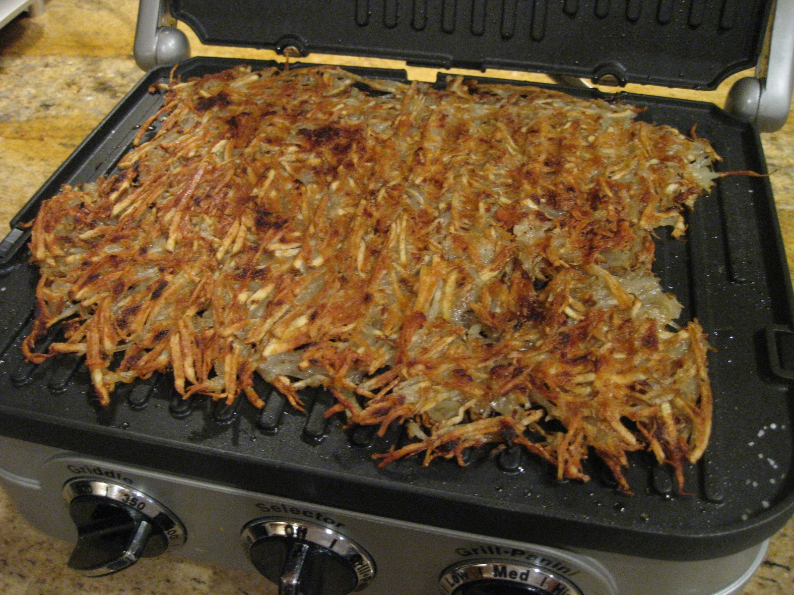 how to make hash browns in waffle maker