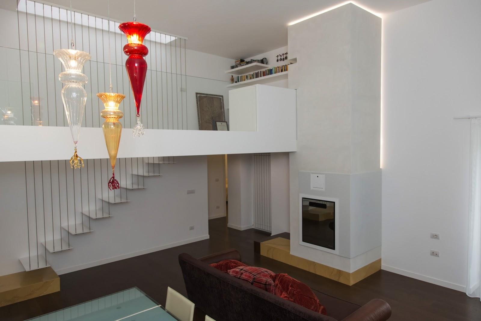 Casa ristrutturata a marigliano by estudio architettura - Cucina con soppalco ...