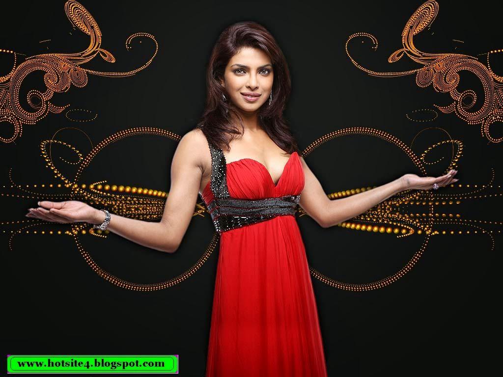 Priyanka Chopra Sexy 2013